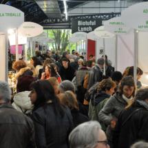 Salon Marjolaine 2017 - couloir avec visiteurs et exposants